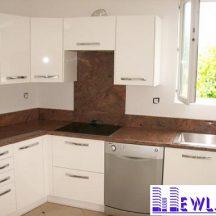Đá Granite Đỏ Sa Mạc làm bàn bếp MT-DBB0095