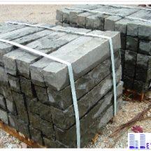 Đá bazan cubic cây KT 10x10x60cm lát sân vườn MT-IMG3130