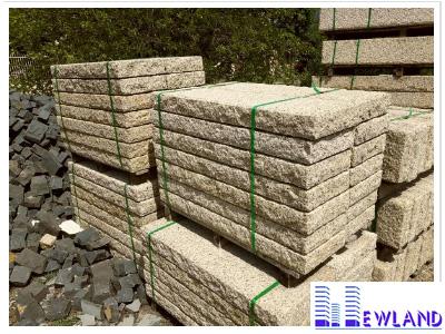 da-bazan-cubic-vang-granite-kt-30x60x5cm-lat-san-vuon-mt-dcb123