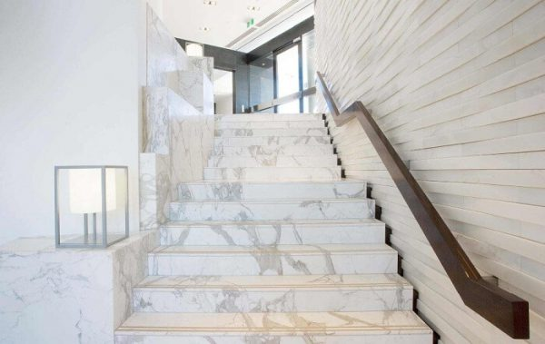 Kinh nghiệm chọn đá làm cầu thang
