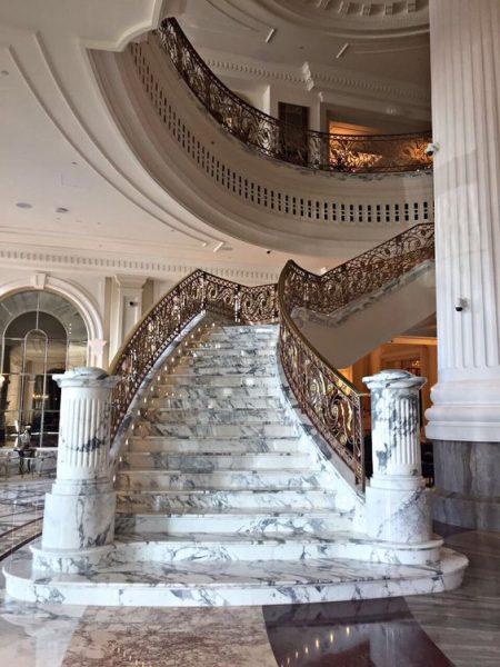 Những mẫu đá làm cầu thang đẹp 2020 bạn đang kiếm tìm